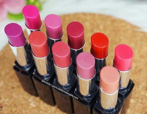 Another bullet lipstick matte review 💄 Yang belum baca bisa langsung cek reviewnya di www.rainbowdorable.com yaa 💋 . Pilihan warna nya ada 10 shades dan banyak yang gemeess ❤ . . . . #auzolalipswatch #review #lipstick #pixycosmetics #matteinlove #lfl #likeforlike #l4l #lipswatch #matte #indobeautygram #blogger #bloggerceria #mattelipstick #clozetteid #fdbeauty #lipstickjunkie
