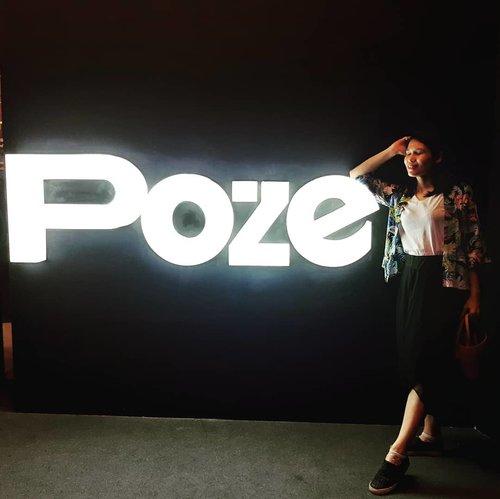 It's Friday, let's strike a poze! . 🌧 di pagi hari bikin mager tapi saya tetep semangat dong karena ada olahraga kantor yang seru! .. ... #ClozetteID #selfie #ShamelessSelfie #insta #instagram #igers #instagood #instamood #StrikeAPoze #PozeIndonesia