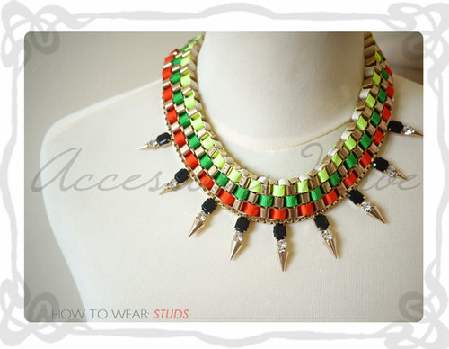 Make a statement with this urban jungle necklets.