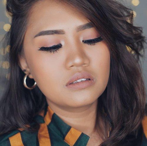 Nude Pink ? Yang belom ntn tutorialnya ada di post sebelumnya berikut produk2 yang dipakai.. Next bikin apa lagi ya? . . #tampilcantik #Clozetteid #clozettedaily #makeuptutorial #ragamkecantikan #dailymakeup #makeup101 #thepowerofmakeup #cleoputrimakeup #makeupindonesia #ragamkecantikan #beautybloggerindonesia #makeupaddict #mainmakeup #makeupgeek @bunnyneedsmakeup @tampilcantik @ragam_kecantikan