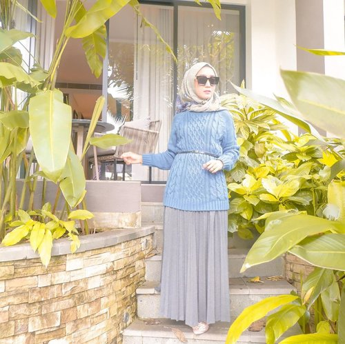 WINTER STAYCATION⁣Good morning selamat pagi.....Winter kali ini ditemenin sama puun pisang 😝🥰⁣#momoftwokrucils #clozetteid #styleofbundawian #ootdnyabundawian #lifestyleblogger #thehermawansjourney