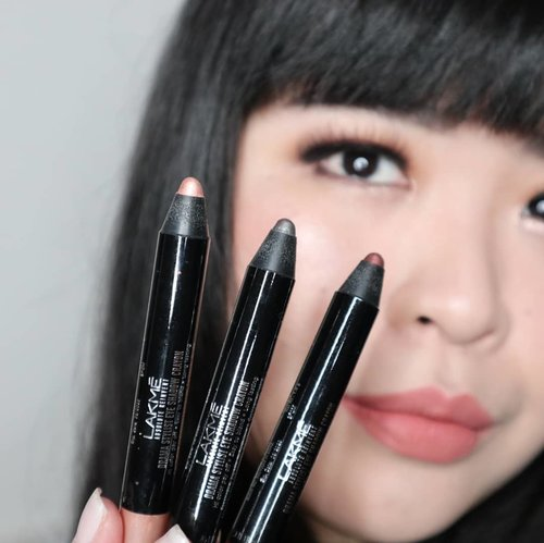 """<div class=""""photoCaption"""">I'm using 3 shades of @lakmemakeup newest product, Drama Stylist Shadow Crayon to create this look inspired from LakmeXSoe at Fashion Scout London Fashion Week 2018 by Archangela Chelsea. I'm so surprised with the great formula of these crayons. Very easy to blend, long lasting also come with water-proof and crease-proof formula which is very hard to find in stick or crayon eyeshadows.Available in 4 glam shades you can grab yours now at lakmemakeup.co.id... <a class=""""pink-url"""" target=""""_blank"""" href=""""http://m.clozette.co.id/search/query?term=lakmeeyeshadowcrayon&siteseach=Submit"""">#lakmeeyeshadowcrayon</a>  <a class=""""pink-url"""" target=""""_blank"""" href=""""http://m.clozette.co.id/search/query?term=lakmegoestolondon&siteseach=Submit"""">#lakmegoestolondon</a>  <a class=""""pink-url"""" target=""""_blank"""" href=""""http://m.clozette.co.id/search/query?term=stylingtrendsetters&siteseach=Submit"""">#stylingtrendsetters</a>  <a class=""""pink-url"""" target=""""_blank"""" href=""""http://m.clozette.co.id/search/query?term=lakme&siteseach=Submit"""">#lakme</a>  <a class=""""pink-url"""" target=""""_blank"""" href=""""http://m.clozette.co.id/search/query?term=new&siteseach=Submit"""">#new</a>  <a class=""""pink-url"""" target=""""_blank"""" href=""""http://m.clozette.co.id/search/query?term=trend&siteseach=Submit"""">#trend</a>  <a class=""""pink-url"""" target=""""_blank"""" href=""""http://m.clozette.co.id/search/query?term=clozetteid&siteseach=Submit"""">#clozetteid</a></div>"""