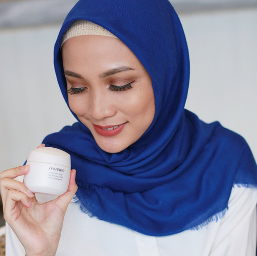 Welcoming Essential Energy Series from @shiseidoid to Indonesia. Essential Energy Series using ReNeura Technology to reactivates your skin's sensors and making skin more responsive to skincare so in the end you will get your natural glow of your skin ✨ . . . #miradamayanti #ShiseidoIDN #AwakenSkinID #Shiseido #skincare #ClozetteID