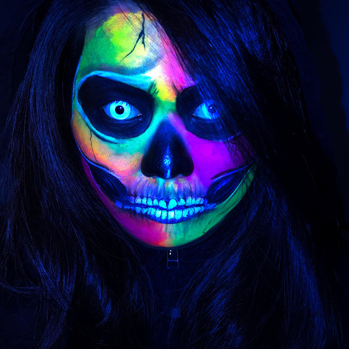 Aaand we are back to Halloween mode! This is a Neon/Blacklight Skull makeup inspired by @desiperkins . I used @kryolanofficial Dayglow UV paint products and aquacolour palette (for the white & black)! (I bought it from @studiofxvancouver )  Swipe to see how it looks under normal light ❤️ How I feel about the Kryolan UV dayglow paint - some colours work better than others. I find the Blue and Purple can be quite patchy & they don't pop that well under the blacklights.  Love the yellow, orange and green!  Under a normal light, the colours are still pretty bright on its own.  Hope you enjoyed this look! I did try to do a tutorial for this but my camera's screen decided to died on me 😭 ————————————————————————— #bbloggers #bbloggersCA #motd #eotd #glowinthedark #blacklight #blacklightmakeup #torontomua #torontoblogger #torontomakeupartist #beautyblogger #neonskull #halloweenmakeup #hamont #hamontmua  #asianmakeup #toronto #ancaster #clozette #clozetteid #featuremedita #kryolan #kryolanuvdayglow