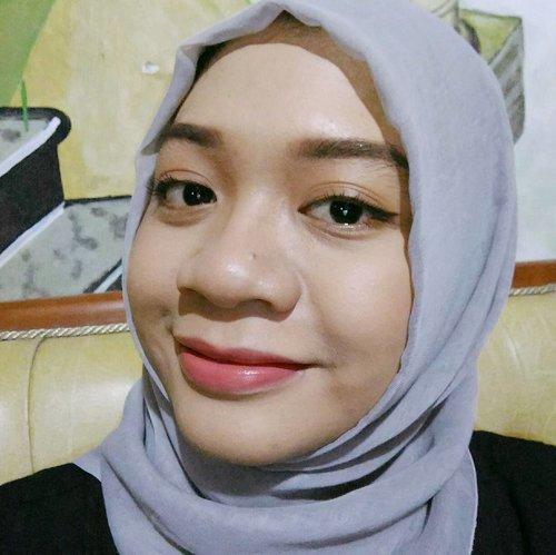#latepost #fotd #clozette #clozetteid #eid #eidmakeup #eidmubarak #naturalglam #glam #qlcosmetic #mizzu #sariayu #selfie #beautybloggerindonesia #beautyblogger #bblogger #gadzotica