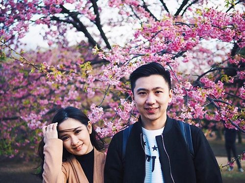 My best partner in everything, literally in everything ✌🏻 _ _ #japanstyle #sakurabloom #cherryblossoms #cherryblossom #clozetteambassador #clozetteid #sakurablooming #japantrip #japanholiday