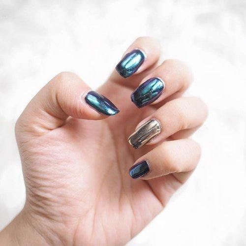 Lovin' my mermaid chrome nails from @ellerysby a cozy nail salon at East Surabaya ✨✨ _ _  #clozetteid #mermaidnails #chromenails #nails #nailpolishaddict #surabayanailart #surabayasalon