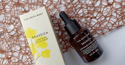 Review The Bath Box Brassica Lightening Serum