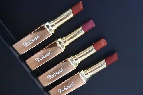 Sukaaa banget sama lipstick terbaru dari @purbasarimakeupid yaitu Lipstick Color Matte Shimmer Finish ❤️❤️ Nyobain 4 varian dan semuanya cocok di skintone. Semuanya bikin tambah seger dan tentu ada #SpectaShimmer yang bikin semakin berkilau 😍 .-------.#ClozetteID #clozettedaily