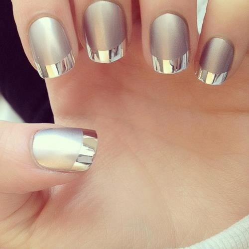 I can reflect in my nails :)