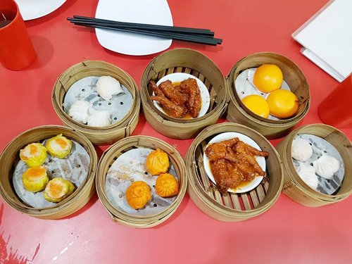 Dimsum everywhere 🤗 itadakimasu 😍😍😍 #ClozetteID #instabeauty #indonesiablogger #indonesiabeautyblogger #bloggerBDG #bloggerlife #bloggerbandung #bloggerindonesia #beautyblog #beautyblogger #beautybloggers #beautybloggerbandung #beautybloggerindonesia #bblogger #bbloggers #bbloggerslife #BloggerPerempuan #like4like #follow4follow #followforfollow #likeforlike #likeforfollow