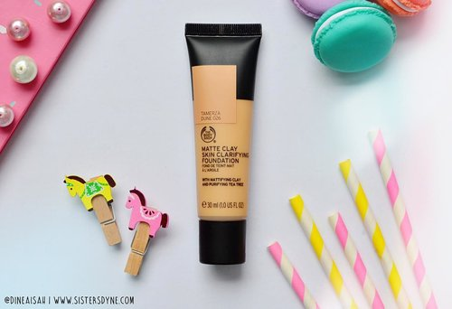 Faundation full coverage dengan finishing matte 🌿 . Baca deh plus minus review dari Foundation Clay Matte The Body Shop ini di blog aku www.sistersdyne.com . #Clozette #Clozetteid #Beauty #Makeup #Foundation #ClayMatteFoundation #ClayMatte #TheBodyShop #thebodyshopindo #Bloggerreview #BeautyBloggers #BBloggers #Instabeauty #instagood #flatlays #Foundation #Flatlays #colourful #flatlaystyle