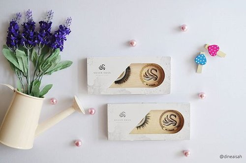 Review tentang bulu mata premium @silverswanlash sudah up tayang dipost blog terbaru kami ya * *  Bisa click link on my bio 😆😆 * *  #Clozette #clozetteid #beauty #makeup #eyemakeup #eotd #silverswan #productlocal #indonesia #medium #long #eyelahses #premiumdesign #instamakeup #instabeauty #bbloggers #beuatybloggerid #DAsistersblog