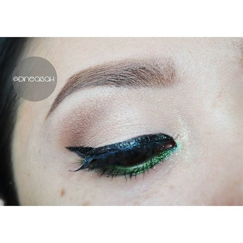 Single #EOTD Natural Shadow #Eyebrow @viva.cosmetics  #Eyeliner @lagirlcosmetics Eyegel lime green  #Eyeshadow @thebalmid Nude Dude Vol.2 #Softlens Ageha @japansoftlens Lunatia in grey #Highligting @sleekmakeup Kit  #Clozette #Clozetteid #beauty #makeup #eyemakeup #wingeyeliner #Waterline #limeGeen #lagirlcosmetics #Ageha #lunatia #grey #japanproduct #japansoftlens #instamakeup #instaeyemakeup  #zukreat #vegas_nay #motdindo #Bbloggers #beautybloggerid #indonesiabeautyblogger #dasistersblog #anastasiabeverlyhills