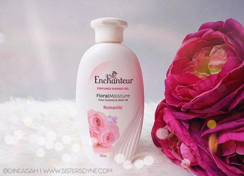 Sekarang lagi suka banget dengan body shower dari @enchanteurid wangi romantic rosenya bikin betah banget lama-lama mandi . Cek lebih lanjut post blog mengenai shower gel @enchanteurid ini di www.sistersdyne.com . #Clozette #Clozetteid #Beauty #Bodycare #ShowerGel #Moisturizer #Romantic #Rose #Enchanteur #Enchanteurid #Instabeauty #instadaily #bokeh #bloggerreview #bbloggers #dasistersblog