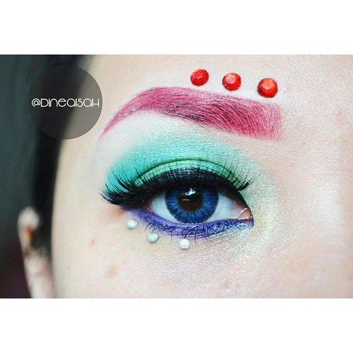 Eotd with inspiration Princess Ariel ❤Using #Jessupbrush 7pcs Pro Eyebrush#Eyebrow Boujoius Velvet Matte Lipcream Framborjoius#Eyeshadow #ltprocosmetics Palette Shinny & @sleekmakeup Eyeshadow Powder#eyeliner @maybellineina Hyper Sharp Liner Pen Black#Waterline @silkygirl_id Gel Liner Purple#softlens Eye Candy Jazz Blue#Lips @bourjoisparis Velvet Matte Frambourjoius#Clozette #ClozetteID #Beauty #Makeup #Eyemakeup #Inspired #princessariel #EOTD #Instabeauty #Instamakeup #Anastasiabeverlyhills #browwiz #vegas_nay #Zukret #Bbloggers #BeautyBloggerid #Indonesiabeautyblogger #InstagramBeauty #Dasistersblog