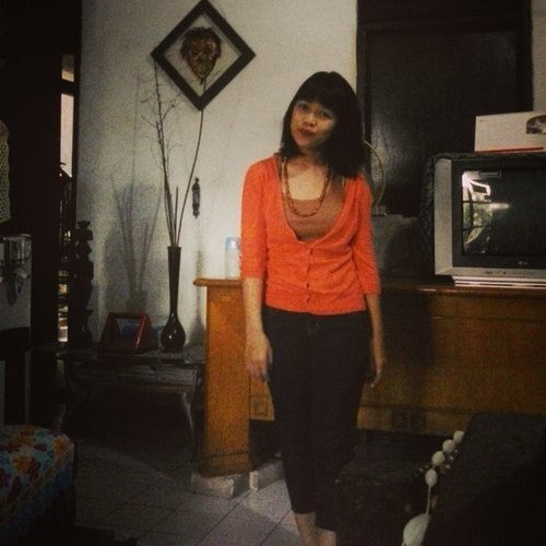 My very last photo with my old hair. Wouwooo... #latepost #me #home #fashion #instadaily #ClozetteID