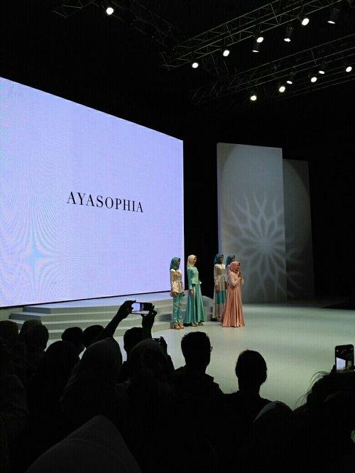 AYASOPHIA . . . #clozetteID #SCARFMagz #ifw2017