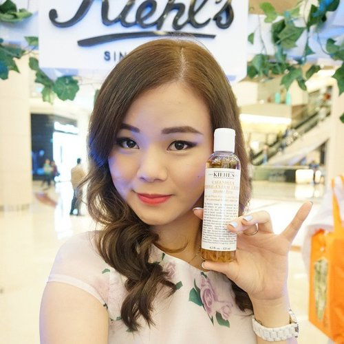Have you tried this? @kiehlsid Calendula skin care range... What do you think?#kiehls #kiehlsid #beautyblogger #beautyaddict #indonesianblogger #indonesianbeautyblogger #makeup #makeupaddict #makeupjunkie #beautyaddict #selfie #instadaily #clozetteid #makeup #makeupaddict #makeupjunkie #skincare #skincaremania #uljjang #ulzzang #girls #asian #korean #motd