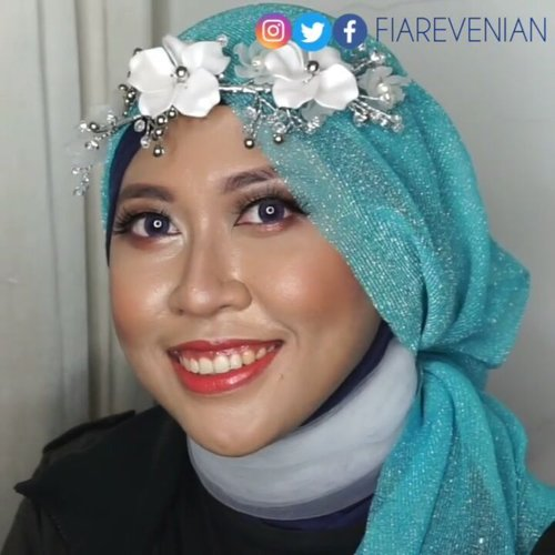 One Brand @inezcosmetics Makeup Tutorial sudah ada di kanal #FiarevenianYoutube !! Langsung aja search Fiarevenian atau klik link yang ada di BIO yaaaa...INEZ Products:- Correcting Cream (Medium). - Compact Powder (Natural). - Contour Kit. - Eyeshadow Quad (Venice). - Blush On (Gold Dipped Brick). - Perfect Glow Matte LS (Coral Tree). - Intense Moist LS (Sparkling Chestnut). .#InezCosmetics #makeuptutorial #IndonesianBeautyBlogger #Indonesia #IndonesianBeautyVlogger #makeup #makeupaddict #makeuplover #love #makeuplook #makeupoftheday #MOTD #setterspace #KBBVmember #KBBV #KBBVofficial #bvloggerid #IndonesianFemaleVlogger #bloggirlsid #girlblogger #girlvlogger #clozette  #femalevloggersid #clozetteid #bunnyneedsmakeup . @kbbvbyacb @bvlogger.id @setterspace.@femalevloggersid @clozetteid @bunnyneedsmakeup