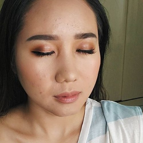 Natural and glowing look as requested. Here i am using the @thebrowgal eyebrow pencil in taupe + highlighter pencil in 01 // For Makeup + Hairdo service or courses, kindly contact to:  Email: muses.wonderland@yahoo.com  Wa: +6281298079937 Location: jakarta barat / utara . . #makeupartistworldwide #ultrahdgeneration #belajarmakeup #makeupartistjakarta #bblogger #newartistfeature #wakeupandmakeup #kelasmakeup #makeupartistindonesia  #makeuppengantinjakarta #undiscoveredmuas #beautyblogger #beforeafter #prewedjakarta #universodamaquiagem_oficial #clozetteid #lookamillion #universodamaquiagem #muajakarta #makeupbride  #muabsd #makeupartistbsd #makeupartistjakartapusat #makeuptransformation #muajkt #bridalmakeup  #makeupprom #makeupwisuda #maryammaquiallage #makeupartistworldwide #makeupweddingjakarta
