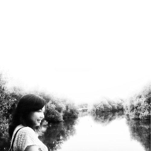 Half Empty in BW Effect.  #clozetteid #instabest #selfportrait #blackwhite #vintage #look #lookoftheday #view #viewoftheday #mangrove #forest #pantaiindahkapuk #pik #samsung #samsungshoot