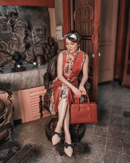 #cny2020 campaign for @buccheri_id . . #Ootd #ootdfashion #ootdinspo #ootdideas #ootdindo #ootdindokece #ootdinspiration #ootdindonesia #indobeauty #indofashion #indofashionpedia #indofashionpeople #jakartaspot #jakartahits #ootdjakarta #jakartabeauty #indofashionblogger #clozetteid #lookbooks #lookbooklookbook #lookbookindonesia