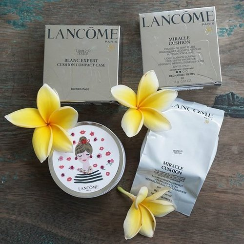 Current favourite a lightweight and compact foundation in super cute design from @lancomeid full review --> http://rumahcantikputri.blogspot.co.id/2015/10/lancome-blanc-expert-cushion-compact_25.html #lancomecushionista #lancomeonthego #lancome #foundation #cushion #beautyblogger #beautybloggerid #indonesiabeautyblogger #ibb #makeup #makeupartist #clozetteid