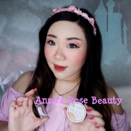 Fell in love at the first sight at @annesrosebeaute , as a unicorn, mermaid and all things fairy fan, their pink, girly and overall super pretty aesthetic just resonate with me so much 😍😍😍. And not only the packaging's super pretty but their products are awesome too!  Here i am using their The Diva Shining Blush Powder Blush (shade Cherry Brandy) as eyeshadow and blush on and The Diva Velvet Matte (shade Black Baccara) with ombre technique for that super trendy Korean style reddish makeup. Both products are highly pigmented but easy to blend, the colors are super pretty too!   Btw, Anne's Rose has both makeup and skin care - and their skin care's packaging is super pretty tooo 😭.  #annesrosebeaute #annesrosesquad #annesrose #BFCxAnnesrose #BeauteFemmeCommunity #BFCreview #tutorial #makeuptutorial #BeauteFemmeCommunity  #clozetteid #reviewwithmindy #makeup #sbybeautyblogger #bloggerindonesia #bloggerceria #beautynesiamember #influencer #beautyinfluencer #beautysocietyid  #surabayablogger #SurabayaBeautyBlogger #bbloggerid #beautybloggerid #bloggerperempuan #indonesianfemalebloggers  #influencersurabaya #endorsement #openendorsement #endorsementid #surabayainfluencer