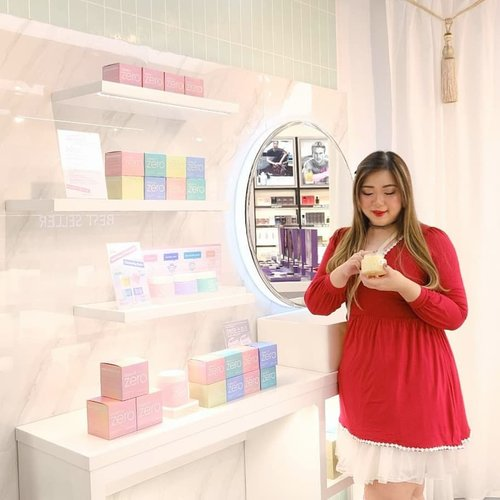"Congratulations @cnfstoreofficialFor the store reopening, so in love with your new concept!!! Now C n F is no longer ""just a perfume store"" as they also carry beauty products as well as bath and body cares!Better news? @banilaco_idIs finally available in Surabaya, at C n F stores ofc! Double yippe!!! Don't forget to drop by their store at @tunjungan_plaza 3 as they have plenty of promotions and freebies to giveaway!#cnfstoreofficial #beautifulrightnow #banilacoid #cnfxbanilaco #event #eventsurabaya#surabaya #surabayaevent#girl #clozetteid  #sbybeautyblogger  #bloggerindonesia #bloggerceria #bloggerperempuan #indobeautysquad  #influencer #beautyinfluencer #surabayainfluencer #surabayablogger #influencersurabaya  #indonesianbeautyblogger  #bloggerid #bblogger #bbloggerid #SurabayaBeautyBlogger #asian #ootd"