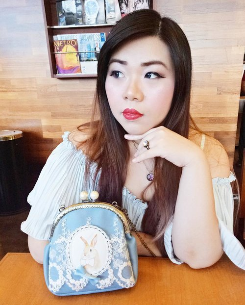 Just me and Peter 😄  Testing out @bcl_company_official Eye brow product from @kaycollection And @purbasarimakeupid Hi Matte Lip Cream. Review soon at Pink and Undecided blog!  #blue #babyblue #fotd #motd #rbf #restingbitchface #girl #asian #beautynesiamember #clozettedaily #clozetteid #fotd #potd #blogger #bblogger #bbloggerid #bloggerceria #bloggerceriaid #sbybeautyblogger #beautyblogger #beautyinfluencer #influencer #indonesianblogger #indonesianbeautyblogger #surabayablogger #surabayabeautyblogger  #surabayainfluencer  #deepredlips