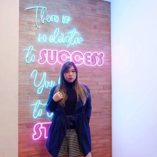 Listening to your bullshit lyke... #ootdid #ootdindo #ootdindonesia  #clozetteid #sbybeautyblogger #beautynesiamember #bloggerceria #blogger #bblogger #beautyblogger #influencer #influencersurabaya #surabaya  #beautyinfluencer #personalstyle #fashionblogger #personalstyleblogger #notasize0 #comfortableinmyownskin #effyourbeautystandards #celebrateyourself  #bloggerperempuan #girl #asian  #indonesianblogger #indonesianbeautyblogger #SurabayaBeautyBlogger #fashion #nordiccoffee #cafesurabaya