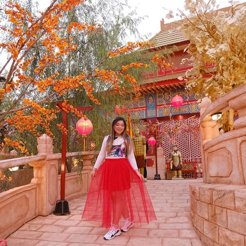 Embracing my Chinese-ness as we celebrate Lunar New Year.Gong Xi Fa Cai, may this new year brings us all Prosperity, Joy, Luck, Wealth and Happiness 🐭🐭🐭. Happy Lunar New Year, everybody!#gongxifacai#jawatimurpark3 #thelegendstar #thelegendstarjatimpark3 #pinkinmalang#pinkinbatu#clozetteid #sbybeautyblogger #beautynesiamember #bloggerceria #influencer #jalanjalan #wanderlust #blogger #indonesianblogger #surabayablogger #travelblogger  #indonesianbeautyblogger #indonesiantravelblogger #girl #surabayainfluencer #travel #trip #pinkjalanjalan #lifestyle #bloggerperempuan  #asian  #ootd  #bunniesjalanjalan#asian