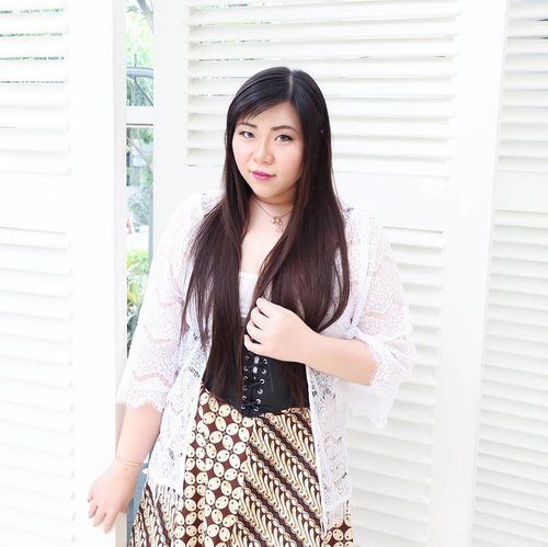 I shared my thought and feelings on the recent bombing that just happened in my city at my blog.  Check it out here : bit.ly/pray4sby  #ootd  #batik #iwearbatik #girl #asian #ootdid #ootdindo #ootdindonesia  #clozetteid #sbybeautyblogger #beautynesiamember #bloggerceria #blogger #bblogger #beautyblogger #influencer #influencersurabaya #surabaya  #beautyinfluencer #fashion #personalstyle #fashionblogger #personalstyleblogger #notasize0 #comfortableinmyownskin #effyourbeautystandards #celebrateyourself #bodypositive #bodypositivity  #beautybeyondsize