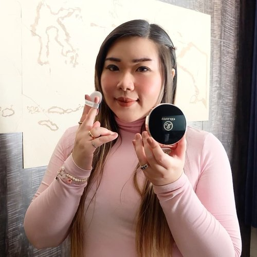 New cushion recommendation for those of you who loves dewy, skin like base makeup that still has enough coverage for daily use : @celefit_id @celefit_official DesignFit Upderm Cushion Pact.For details check my previous post!#celefit #celefitcosmetics#celefit_official #review #clozetteid#sbybeautyblogger#bloggerindonesia #bloggerceria #beautynesiamember #influencer #beautyinfluencer #kbeauty #koreanbrand #koreanbeauty #koreancosmetics #koreanmakeup #surabayablogger #SurabayaBeautyBlogger #bbloggerid #beautybloggerid #beautybloggerindonesia #surabayainfluencer #cushion #girl #endorsement #endorsersby #openendorsement #endorsementid