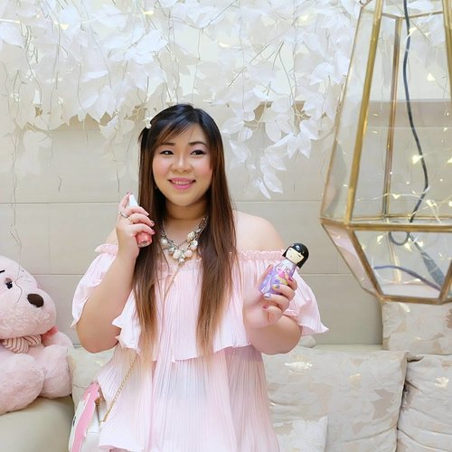 """Currently attending the most kawaii event ever : @shinzuiume_id """"Complete Your Day"""" We are getting to know Shinzui Ume Body Mist better,  chit chatting with fellow beauty bloggers and taking endless kawaii photos because the venue @oneposecafe is so Instagrammable! (swipe to see my pinky outfit 😛) Stay tuned at Shinzui Ume's socmed for the complete peek on the event! #UmeBodyMist #CompleteYourDay #launching #bodymist #umebodymistlaunching #event #beautyevent #surabaya #surabayaevent #eventsurabaya #clozetteid #beautynesiamember #bloggerceria #sbybeautyblogger #blogger #bblogger #bblogger #girlygirl #ootd #ootdid #pink #dressedinpink #beautyblogger #fashion #personalstyle #dresscodepinkandwhite #kawaii #girlygirl"""