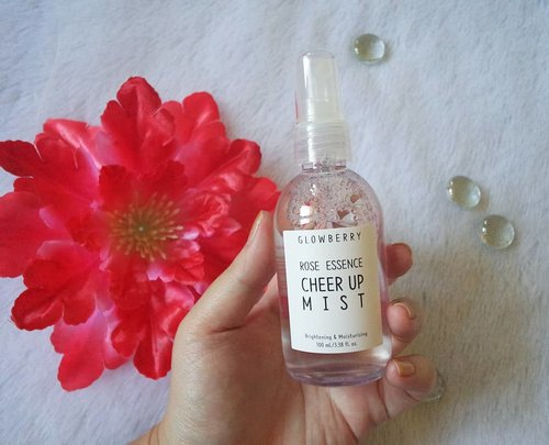 More details of @glowberry_officialRose Essence Cheer Up Mist , check the second pic for ingredient list 😉! I forgot to mention in my previous post that although the bottle and the sprayer looks generic, but it is able to spray a fine mist to your face!Interested? Get it from my Charis Shop @hicharis_official http://bit.ly/glowberryMindy83 , you can also browse my shop (Mindy83) for all of my recommended products!#charisceleb #glowberry #glowberryroseessencecheerupmist #glowberrymist #facemist #facialmist #cheerupmist #review #clozetteid#sbybeautyblogger#bloggerindonesia #bloggerceria #beautynesiamember #influencer #beautyinfluencer #kbeauty #koreanbrand #koreanbeauty #koreancosmetics #koreanmakeup #surabayablogger #SurabayaBeautyBlogger #bbloggerid #beautybloggerid #beautybloggerindonesia #surabayainfluencer #indonesianfemalebloggers #rosescented