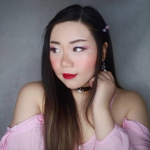 Watching my hater runs with them tails between their legs in 0.05 seconds after i unleashed my inner demon.  Geez, i was just starting to have fun...  #clozetteid #sbybeautyblogger #makeup #ilovemakeup #motd #makeuplook #BeauteFemmeCommunity  #clozetteid #sbybeautyblogger #makeup #bloggerceria #makeuplook #softmakeup #ilovemakeup #beautynesiamember #makeupaddict #bloggerperempuan #indonesianfemalebloggers #girl #asian  #bblogger #bbloggerid #influencer #influencersurabaya #influencerindonesia #beautyinfluencer #beautysocietyid #itsbeautycommunity #surabayainfluencer #jakartabeautyblogger