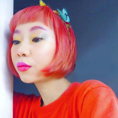 Looping @deantrbl Dayfly 🎶🎵Masih nunggu hari apa Dean di @we.the.fest 🤔..#makeuplook #radenayublog #haircolor #shorthair #redhair #tampilcantik #inspirasicantikmu #ragamkecantikan #clozetteid