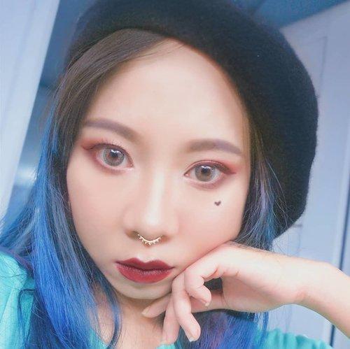 Yg hobby makeup, yuk ramein #makeupcompetition @beautiesquad x @pac_mt ✨ temanya seru lho, maroon makeup 💄💄 . . @linchou @liaharahap_lh @sitaayu24  #beautiesquad #pacxbeautiesquad #maroonmakeup #burgundymakeup #makeuplook #inspirasimakeup #inspirasicantikmu #makeupinspo #makeupindo #makeupindonesia #beautyblogger #instamakeup  #bs2tahun #potd #motd #radenayublog #clozetteid