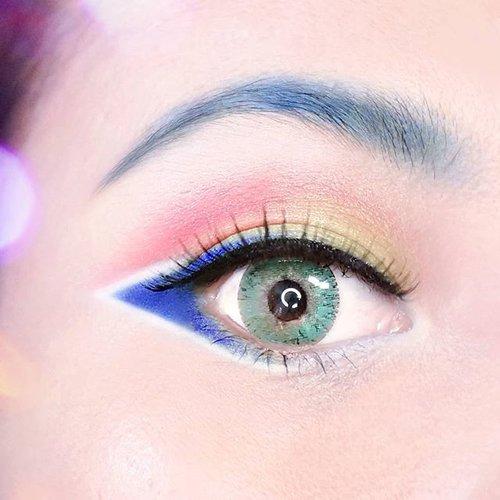PLUS ULTRA! ✨👊 All Might inspired eye makeup look 😁 nyobain @nyxcosmetics_indonesia Ultimate eyeshadow palette Brights 🌈 Sayangnya warna merah kurang merah gitu 😅 baca review selengkapnya di www.radenayublog.com 💖 . . #eotd #bokunoheroacademia #eyeshadow #nyxcosmetics #nyxindonesia #clozetteid #beautybloggerindonesia #setterspace #beautilosophy #beautychannelid #hudabeauty #motd #nyxeyeshadow