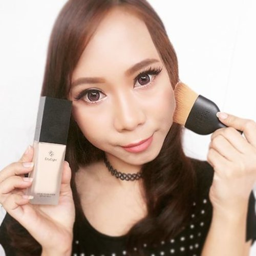 Read Eity Eight Liquid Foundation review 👉 http://imaginarymi.blogspot.co.id 💄#makeupreview #reviewfoundation #eityeightfoundation #clozetteid