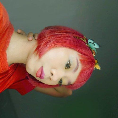 Macet2an di jalan gara2 ujan? Mending baca cerita tentang ganti warna rambut di #linkinbio 😁..#radenayublog #haircolor #shorthair #hairstyle #redhair #Clozetteid