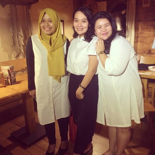 With cibob & bitchy girl #BeautifulinWhite :D  #friends #smiles #White #happy #Ladies #Clozetteid #Fashion