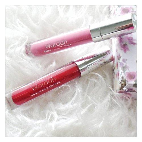 Wardah Exclusive Matte Lip Cream no.3 & 4 ini saya gunakan untuk membuat tampilan lipstik ombre. Seperti Serene Look yang menjadi salah satu tren Make Up Waedah 2017. Selengkapnya silakan simak tulisan saya pada link yang ada di bio yaa.. 😊 . . . #Clozetteid #clozette #wardahyouniverse #wardahlipcream #bloggerperempuan #bloggersamarinda #bloggerkaltim