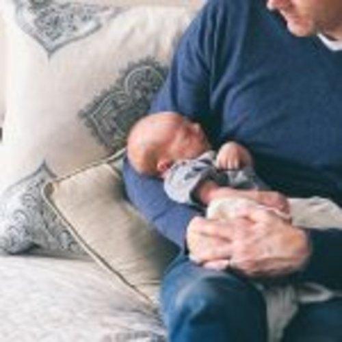 Plus Minus Tidur Bareng Bayi atau Anak Balita - Parentalk.id