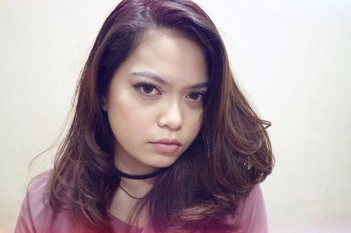 Natural glam makeup look✨ #clozetteID #clozetters #naturalmakeup #naturalglam #beautyblogger #beautybloggerindonesia