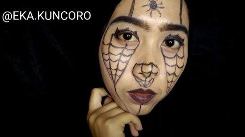 Recreate look dari @creative.cliche . . . #spidermakeup #indovidgram #beautygram #videomakeup #videodandan #1minutemakeup #makeuptutorial #makeupjunkie #ponororogovidgram #makeuptutorial  #indobeautygram #beautybloggerindonesia #beautyblogger #bloggerponorogo  #wakeupformakeup  #naturalmakeup #glammakeup #clozetteid #ivgbeauty #setterspace #makeupforhijab #hijabandmakeup #motd #muaponorogo #Ponorogo #beautylosophy #teambvid @beautiesquad @setterspace @indobeautygram @beautylosophy @bvlogger.id @bloggerceriaid @indobeautysquad @beautybloggerindonesia