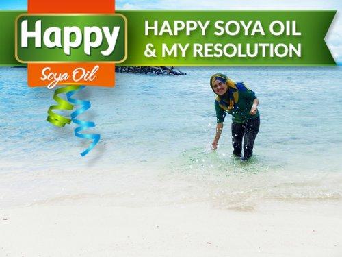 Dear 2015, be nice please :) Resolusi di tahun 2015, tentu saja harus lebih baik dari tahun kemarin. Harus bisa lebih baik dari segala sisi, untuk diri sendiri ataupun orang lain. Mulai dari menjadi pribadi yang lebih baik, mengubah kebiasaan yang buruk, lebih menjaga kesehatan, sampai mengubah pola hidup. Saya juga punya resolusi di tahun 2015 saya diberi kesempatan melanjutkan studi S2 saya. Selain itu, saya harus bisa mengelilingi semua pulau yang ada di Kepulauan Spermonde (Sulawesi Selatan). Oleh karena itu, saya harus mengubah kebiasaan buruk saya yang suka makan gorengan sembarangan dan tidak bergizi. Saya harus menjaga kesehatan dengan rajin berolahraga, mengubah pola hidup dan pola makan, menghindari junkfood dan memilih makanan yang sehat dan bergizi. Tapi tenang saja, saya sudah punya solusinya, dengan Happy Soya Oil yang terbuat dari minyak kedelai asli yang sudah diproses sangat baik untuk kesehatan jantung saya. Jadi tidak perlu takut lagi kalau harus makan makanan yang berminyak, karena minyak goreng dirumah sudah diganti dengan Happy Soya Oil. Semoga resolusi kita di tahun ini bisa tercapai, aamiin ya rabbal alamin :) #ClozetteID #HSOResolution  #HSOResolution