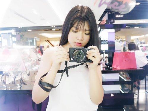 Just capture the good moment 📸🌼 . . . #clozetteid #beautynesia #beautynesiamember #sociollablogger #moltoindonesia #moltoeaudeparfume #bloggerbabe #beautyblogger #roseforalady #7roses